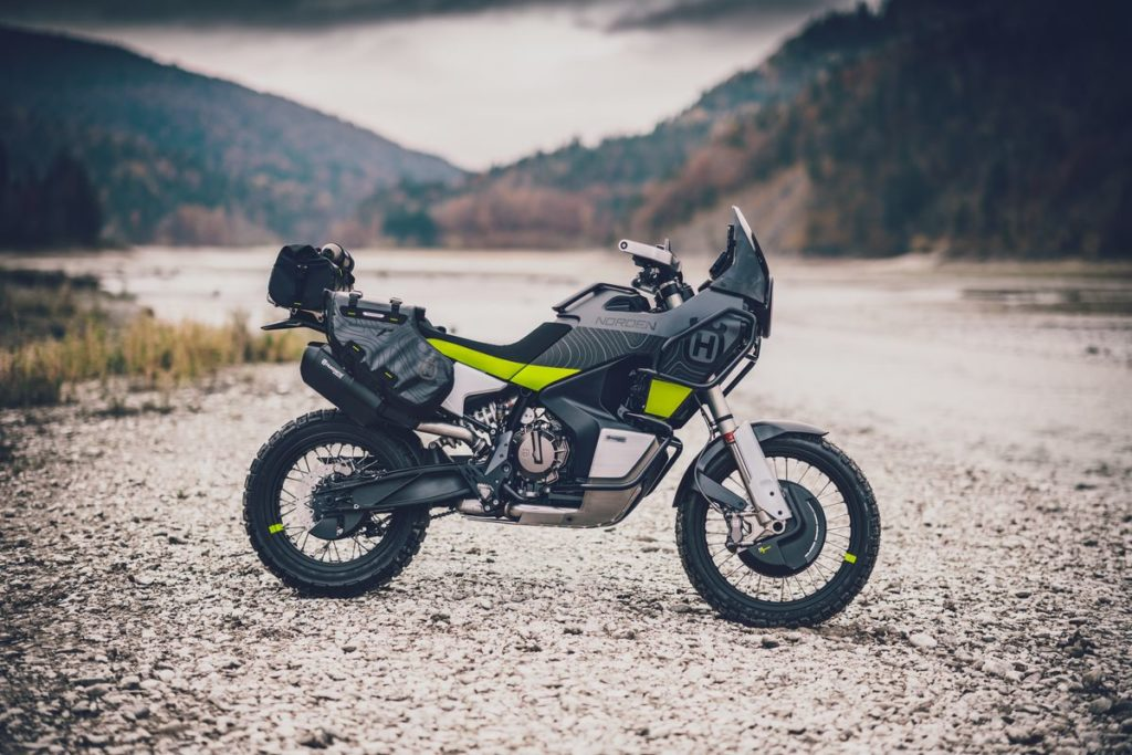 HUSQVARNA MOTORCYCLES PRESENTA SU PRIMER MODELO TRAVEL